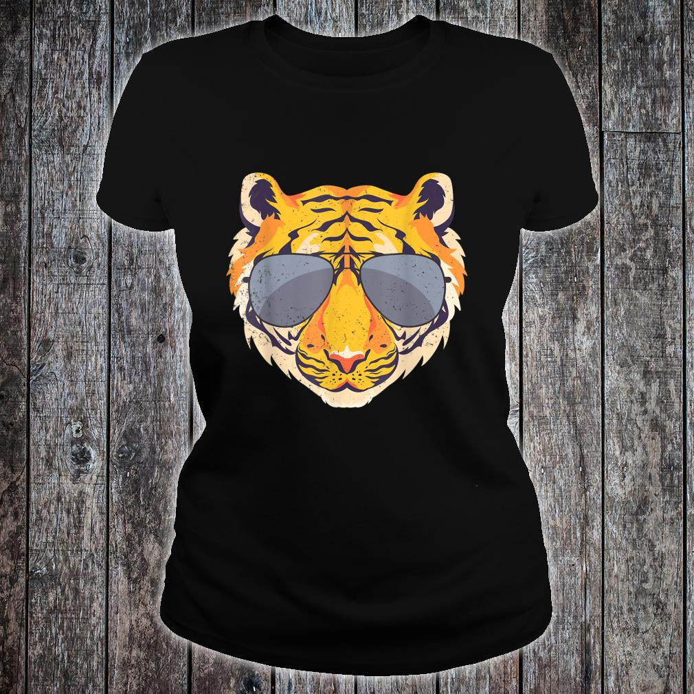 Animal Zoo Keeper Idea Tiger Shirt ladies tee